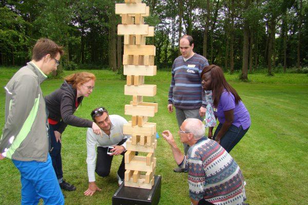 jeu jenga géant, teambuilding