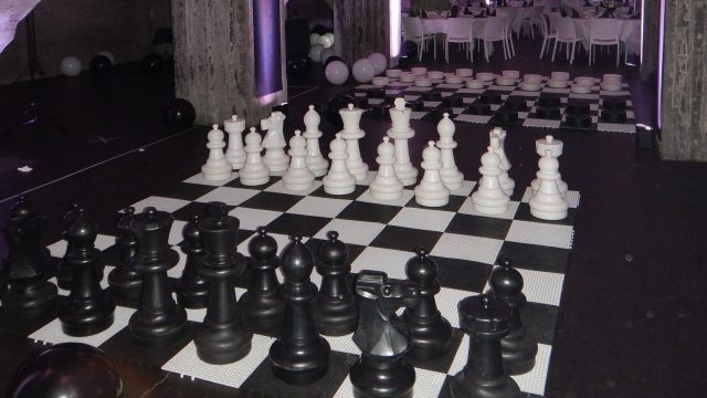 concept black & white party pour fête du personnel