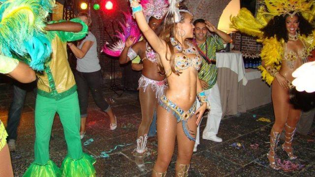 escapade nocturne à Rio, fête du personnel