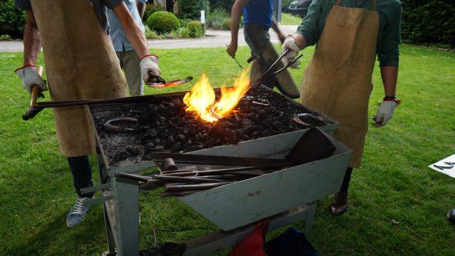 initiation à la forge, fête du personnel