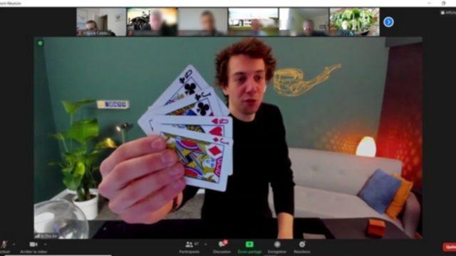 interactieve show van een goochelaar voor teambuilding op afstand